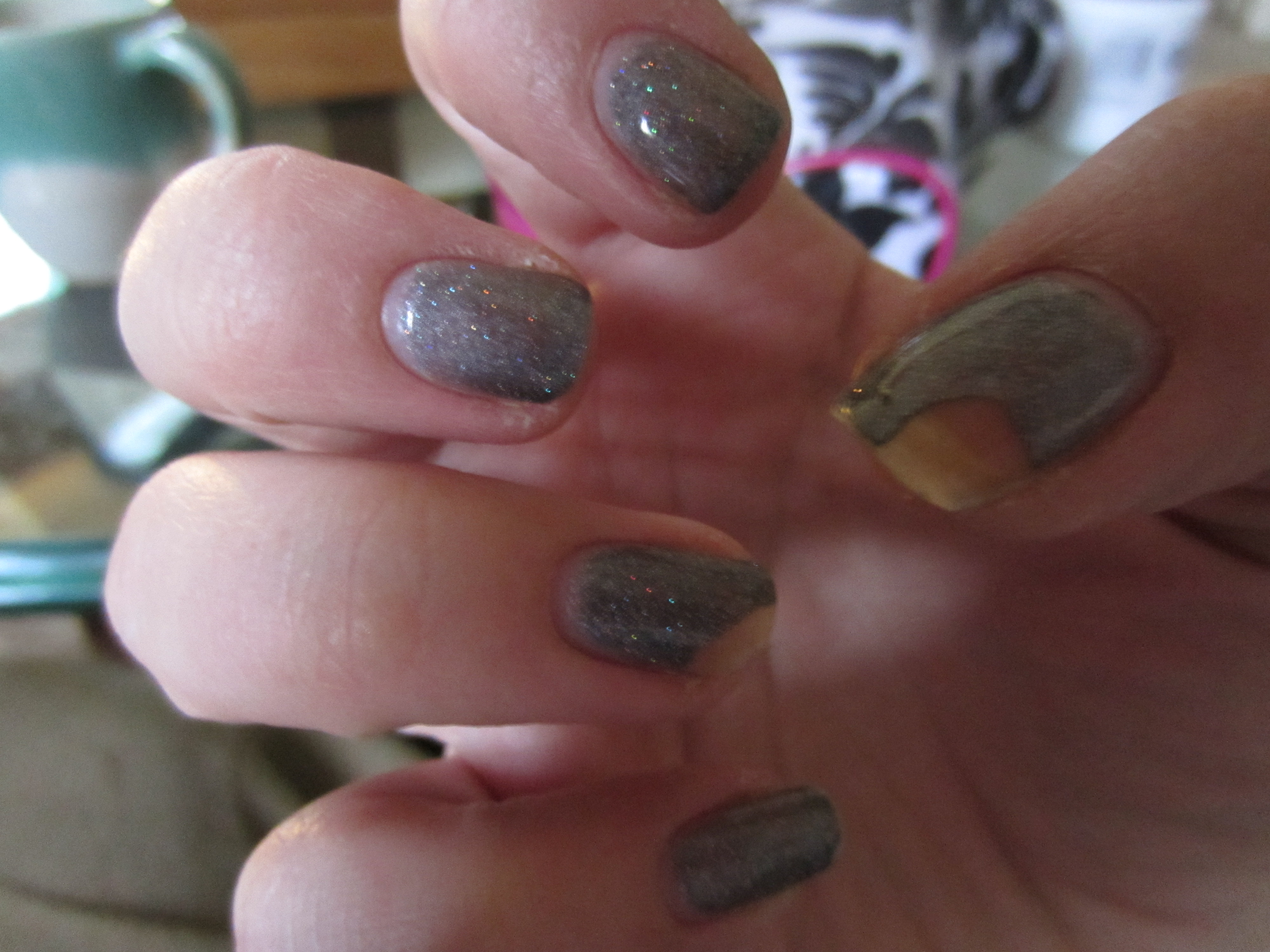 Shellac manicure review misshollyberries final chips grey shellac solutioingenieria Image collections