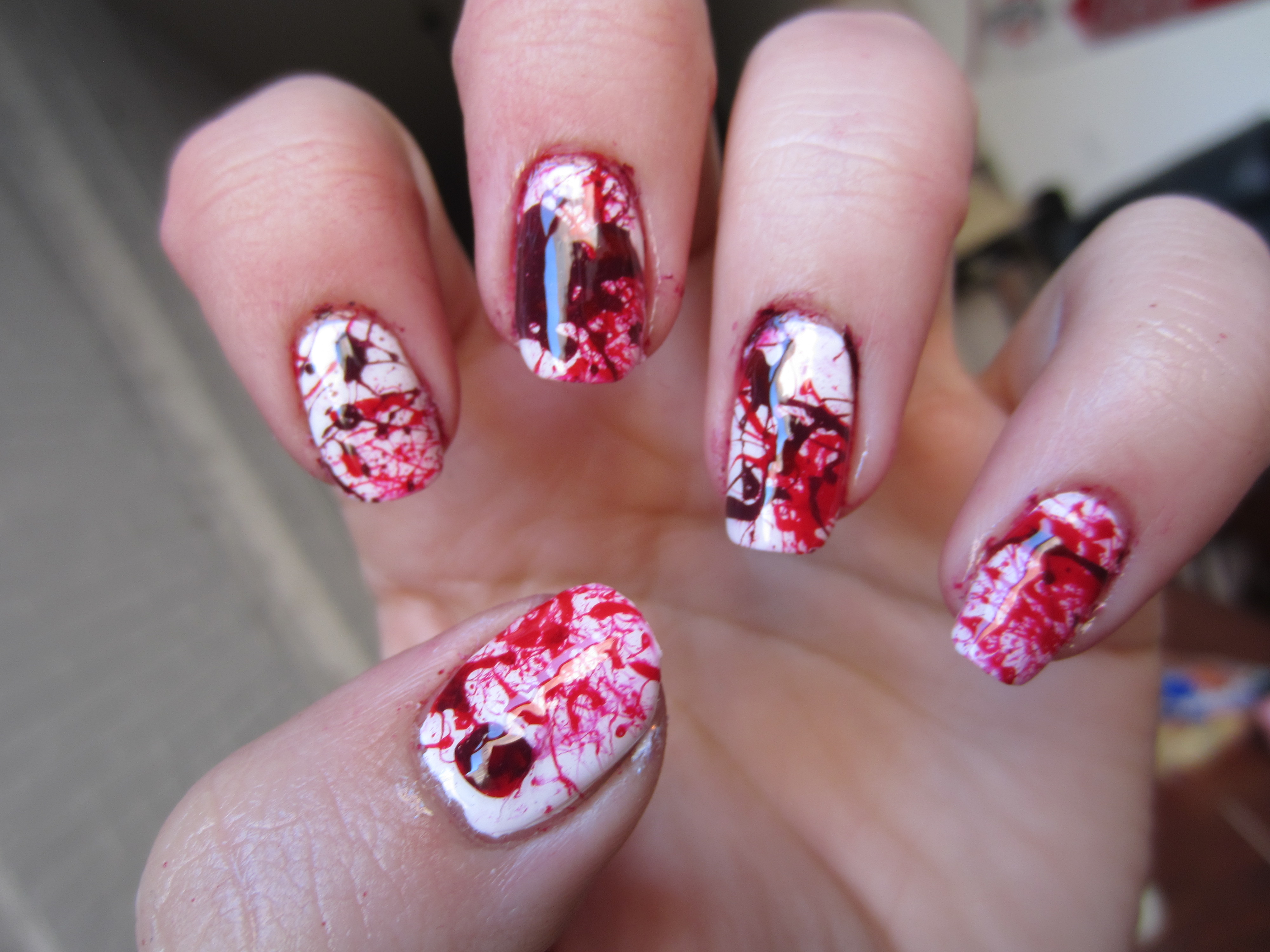 Splatter Nails Tutorial! | misshollyberries
